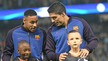 Neymar Turns To Recruiting Stars With No Club Willing To Meet His Expensive Price Tag