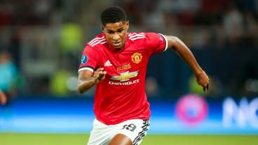 Marcus Rashford Gives Keylor Navas No Chance With Dipping 25-Yard Effort