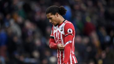 5 Center Backs Liverpool Can Sign If They Don't Get Virgil Van Dijk