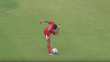 Player Dabs While Playing