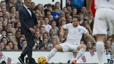 Jose Mourinho Runs On The Pitch And Takes Out Pop Star Olly Murs With Crunching Tackle