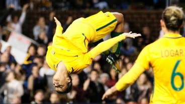 Soccer and Gymnastic abilities, Sam Kerr has both of them