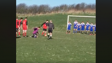 Worst 15 Seconds Of Soccer You'll Watch This Week