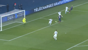 Mbappe's Brilliant Run Leads To Perfect Back Heel Goal From Edison Cavani