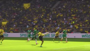 Pierre Aubameyang Shows Us His Best Bundesliga Goal