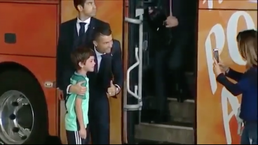 Good Guy Ronaldo Makes The Effort To Meet Young Fan