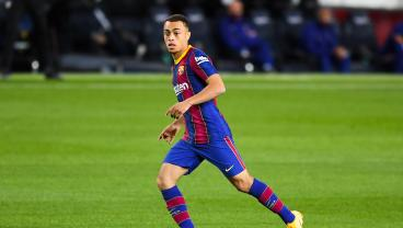 Sergiño Dest Becomes First American To Play In A Competitive Match For Barcelona