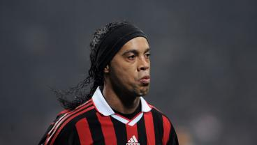 Ronaldinho Gaucho: Moments We Will Never Forget