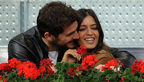 Iker Casillas and Sara Carbonero are married!