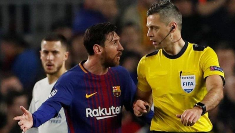 Lionel Messi has zero red cards in his career.