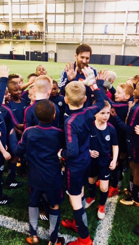 Lionel Messi visits Manchester City youth training
