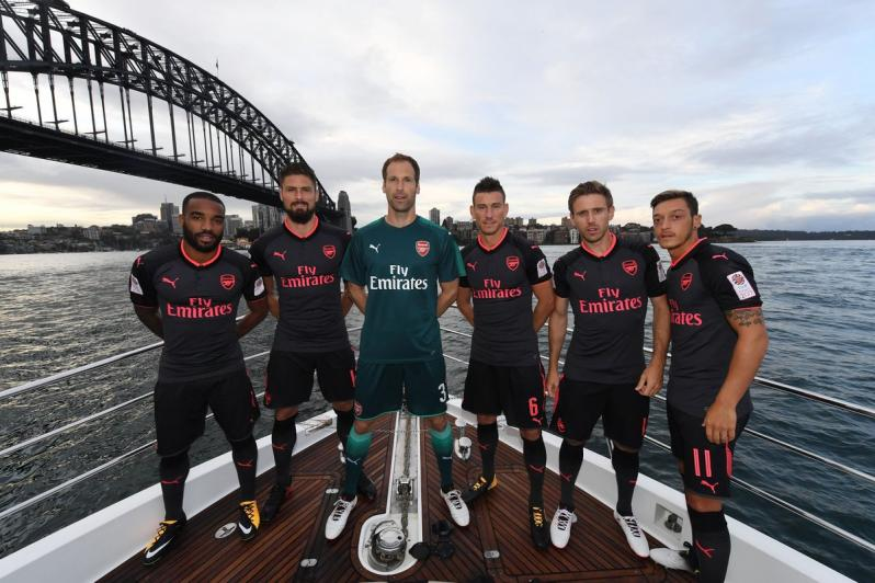 Arsenal's third kit