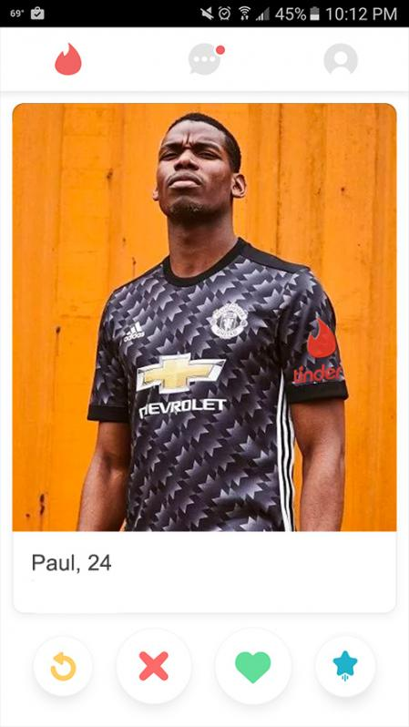 Pogba on Tinder