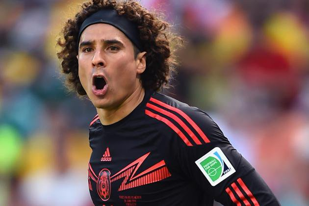 Memo Ochoa playing for Mexico in 2014