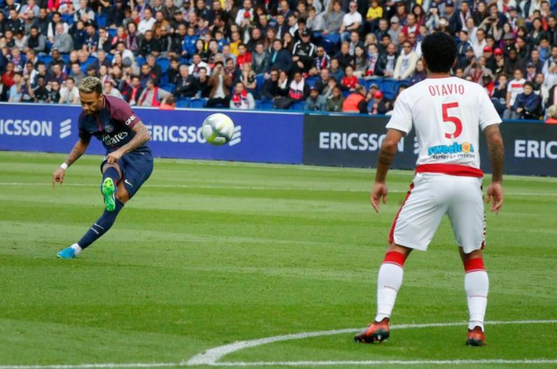 Coup franc Neymar PSG vs Bordeaux