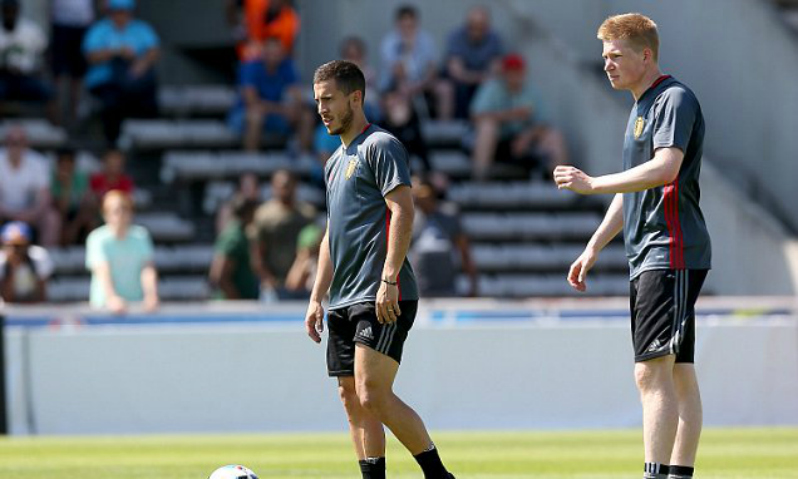 Eden Hazard and Kevin De Bruyne, whom Hazard has called the best in the Premier League