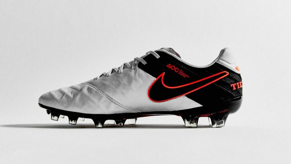 Top Football Boots - Nike Tiempo Legend VI