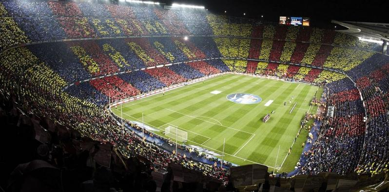 pictures of amazing stadiums, camp nou crowd