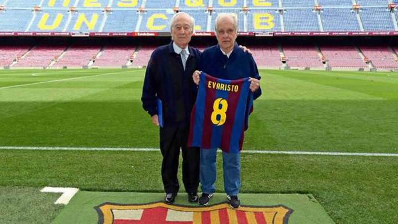 Best Barcelona Players: Justo Tejada (left) scored 73 goals in 10 seasons for the Blaugrana.