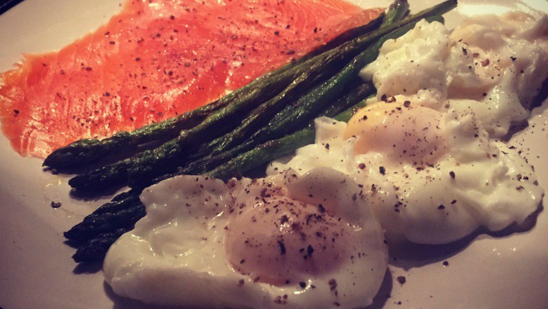 Get In Amazing shape with delicious dishes like this one: peppered smoked salmon, grilled asparagus, and eggs.